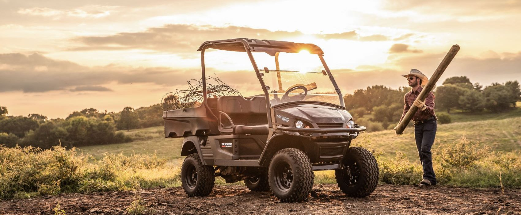 Tracker Off Road OX400